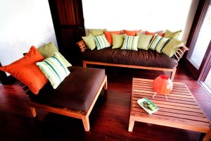 Casa-Jungua-Couch
