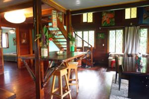 Beachhouse_livingroomarea